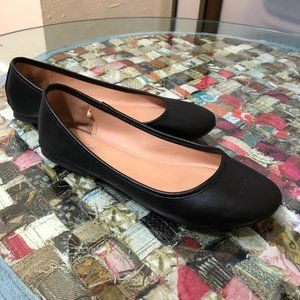 a new day Basic Black Ballet Flat EUC